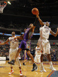 Phoenix Suns v Charlotte Bobcats: Tyrus Thomas and Grant Hill Photographic Print by Kent Smith