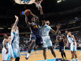 Utah Jazz v New Orleans Hornets: Paul Millsap and David West Photographic Print by Layne Murdoch