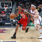 New Jersey Nets v Atlanta Hawks: Devin Harris Photographic Print by Scott Cunningham