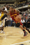 Cleveland Cavaliers  v Indiana Pacers: Mo Williams and Darren Collison Photographic Print by Ron Hoskins