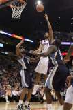 Memphis Grizzlies v Phoenix Suns: Josh Childress and Sam Young Photographic Print by Christian