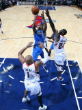 Dallas Mavericks v Atlanta Hawks: Marvin Williams and Caron Butler Photographic Print by Scott Cunningham