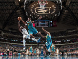 New Orleans Hornets v Dallas Mavericks: Jason Terry and Chris Paul Fotografisk tryk af Glenn James