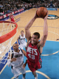New Jersey Nets v Dallas Mavericks: Kris Humphries and Shawn Marion Photographic Print by Glenn James