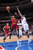 Cleveland Cavaliers  v Philadelphia 76ers: Mo Williams and Elton Brand Photographic Print by David Dow