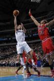 Chicago Bulls v Dallas Mavericks: Jose Juan Barea and Joakim Noah Photographic Print by Danny Bollinger
