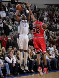 Chicago Bulls v Dallas Mavericks: Jason Terry and C.J. Watson Photographic Print by Glenn James