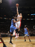 Oklahoma City Thunder v Toronto Raptors: Morris Peterson and Linas Kleiza Photographic Print by Ron Turenne
