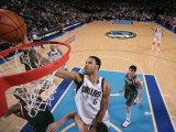 Milwaukee Bucks v Dallas Mavericks: Tyson Chandler Photographic Print by Glenn James