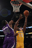 Sacramento Kings v Los Angeles Lakers: Jason Thompson and Ron Artest Photographic Print by Jeff Gross