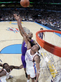 Phoenix Suns v Oklahoma City Thunder: Thabo Sefolosha and Grant Hill Photographic Print by Layne Murdoch