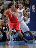 Houston Rockets v Dallas Mavericks: Luis Scola and Shawn Marion Photographic Print by Glenn James