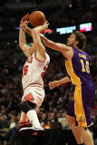Los Angeles Lakers v Chicago Bulls: Pau Gasol and Kyle Korver Photographic Print by  Jonathan