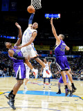 Sacramento Kings v Oklahoma City Thunder: Russell Westbrook, Donte Greene and Francisco Garcia Photographic Print by Larry W. Smith