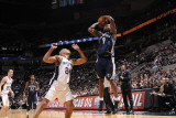 Memphis Grizzlies v San Antonio Spurs: Tony Allen and Richard Jefferson Photographic Print by D. Clarke Evans