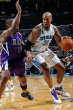 Sacramento Kings v New Orleans Hornets: David West and Carl Landry Fotografie-Druck von Layne Murdoch