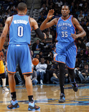 Oklahoma City Thunder v New Orleans Hornets: Kevin Durant and Russell Westbrook Photographic Print by Layne Murdoch