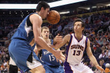 Minnesota Timberwolves v Phoenix Suns: Darko Milicic and Steve Nash Photographic Print by Christian Petersen
