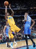 Oklahoma City Thunder v New Orleans Hornets: Trevor Ariza Photographic Print by Layne Murdoch