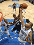 Memphis Grizzlies v Orlando Magic: Hasheem Thabeet and Rashard Lewis Photographic Print by Fernando Medina