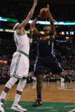 Denver Nuggets v Boston Celtics: Chauncey Billups and Paul Pierce Photographic Print by  Elsa
