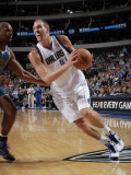 New Orleans Hornets v Dallas Mavericks: Dirk Nowitzki and David West Photographic Print by Glenn James