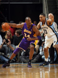 Los Angeles Lakers v Memphis Grizzlies: Kobe Bryant and Xavier Henry Photographic Print by Joe Murphy