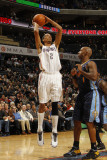 Denver Nuggets v Charlotte Bobcats: Shaun Livingston and Chauncey Billups Photographic Print by Kent Smith