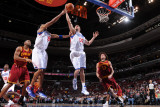 Cleveland Cavaliers  v Philadelphia 76ers: Spencer Hawes and erson Varejao and Joey Graham Photographic Print by Jesse D. Garrabrant