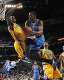 Oklahoma City Thunder v New Orleans Hornets: Kevin Durant and Emeka Okafor Photographic Print by Layne Murdoch