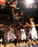 Miami Heat v Sacramento Kings: Dwayne Wade Photographic Print by Ezra Shaw