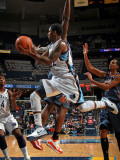 Charlotte Bobcats v Memphis Grizzlies: O.J. Mayo and Kwame Brown Photographic Print by Joe Murphy