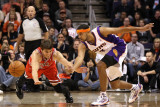Chicago Bulls v Phoenix Suns: Kyle Korver and Jared Dudley Photographic Print by Christian Petersen