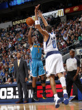 New Orleans Hornets v Dallas Mavericks: Chris Paul and Shawn Marion Photographic Print by Layne Murdoch
