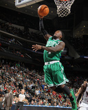 Boston Celtics v New Jersey Nets: Nate Robinson Photographic Print by Nathaniel S. Butler