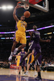 Sacramento Kings v Los Angeles Lakers: Shannon Brown and Tyreke Evans Photographic Print by Jeff Gross