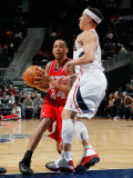 New Jersey Nets v Atlanta Hawks: Devin Harris and Mike Bibby Photographic Print by Kevin Cox