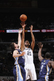 Memphis Grizzlies v San Antonio Spurs: Tim Duncan and Marc Gasol Photographic Print by D. Clarke Evans