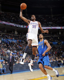 Dallas Mavericks v Oklahoma City Thunder: Kevin Durant and Tyson Chandler Photographic Print by Layne Murdoch