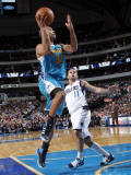 New Orleans Hornets v Dallas Mavericks: Jerryd Bayless and Jose Barea Lmina fotogrfica por Layne Murdoch