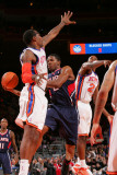 Atlanta Hawks v New York Knicks: Amar'e Stoudemire, Joe Johnson and Toney Douglas Photographic Print by Jeyhoun Allebaugh