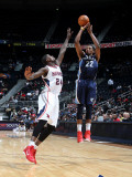Memphis Grizzlies v Atlanta Hawks: Rudy Gay and Marvin Williams Photographic Print by Scott Cunningham