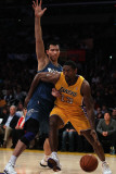 Washington Wizards v Los Angeles Lakers: Ron Artest and Yi Jianlian Photographic Print by Jeff 