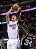 San Antonio Spurs v Los Angeles Clippers: Blake Griffin and Antonio McDyess Lmina fotogrfica por Harry How