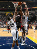 Miami Heat v Memphis Grizzlies: Chris Bosh, Marc Gasol and Darrell Arthur Photographic Print by Joe Murphy