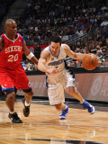 Philadelphia 76ers v Orlando Magic: J.J. Redick and Jodie Meeks Photographic Print by Fernando Medina
