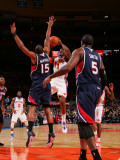 Atlanta Hawks v New York Knicks: Amar'e Stoudemire and Al Horford Photographic Print by Jeyhoun Allebaugh