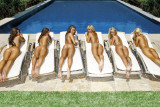 SUNBED GIRLS Kunstdruck