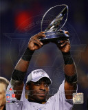 Rashard Mendenhall With the 2010 AFC Championship Trophy Photo