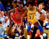 Michael Jordan & Magic Johnson 1990 Action Photographie